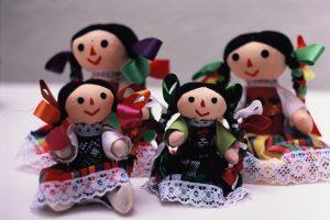 Muñequitas artesanales queretanas