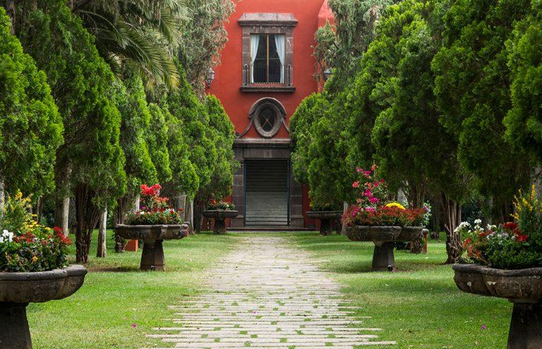 Patio-Hacienda-Galindo